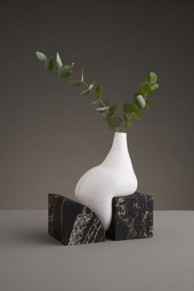indefinite vases studio E.O