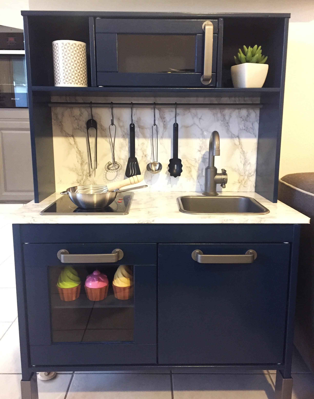 diy d co customisation de la cuisine pour enfants ikea sous les pav s les palmiers. Black Bedroom Furniture Sets. Home Design Ideas