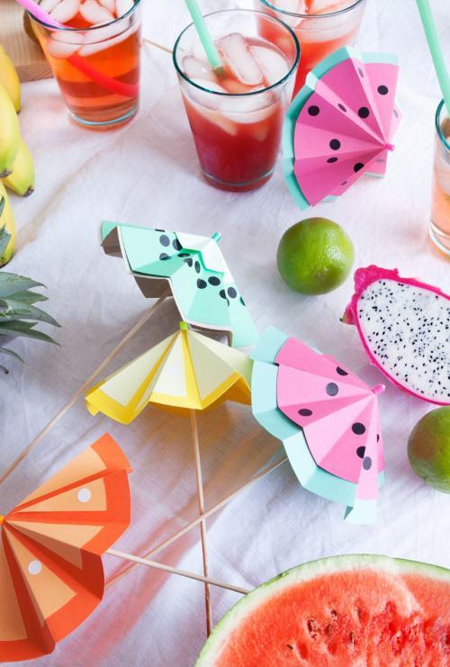 DIY ombrelles cocktails déco