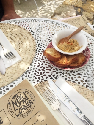 souslespaveslespalmiers_the-nomad-corner_food
